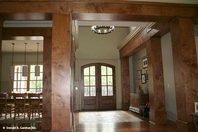 Foyer House Plan
