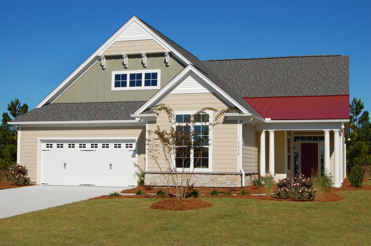 The Padgett Plan 1124: Red metal roof