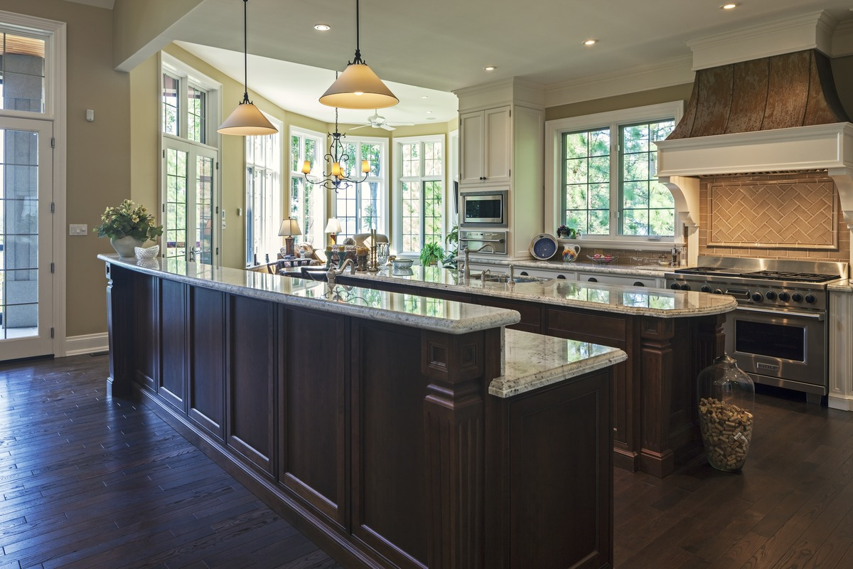the kitchen island the cedar court house plan images see photos of don 2721